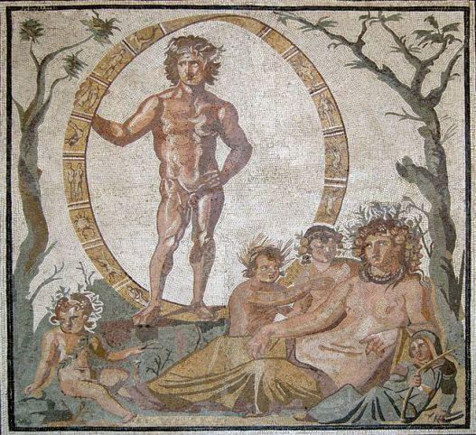 Parte central de un gran mosaico del piso, de una villa romana en Sentino (ahora conocido como Sassoferrato, en Las Marcas, Italia), ca. 200-250 CE Aion, el dios de la eternidad, está de pie dentro de una esfera celestial adornado con los signos del zodiaco, en el medio de un árbol verde y un árbol desnudo (verano e invierno, respectivamente). Sentado frente a él está la diosa madre-tierra, Tellus (el equivalente romano de Gaia) con sus cuatro hijos, que posiblemente representan las cuatro estaciones.