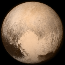 Imágen a color de Plutón recogidas por la misión New Horizons, NASA, subida por Subido por Drbogdan, 13 julio 2015